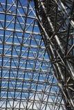 Inomhus tak för metall arkivbild