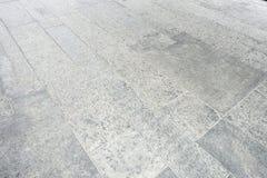 Inomhus utomhus- golv för stengranittegelplatta, vinkelbakgrund Arkivfoton