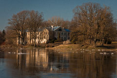 Inondation de ressort en rivière de Lielupe Photographie stock