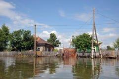 Inondation La rivière Ob, qui a émergé des rivages, en crue les périphéries de la ville Images libres de droits
