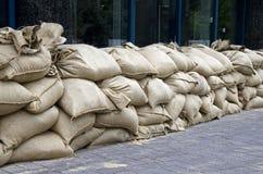 Inondation, les sacs de sable Photos stock