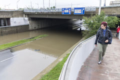 Inondations Prague en juin 2013 - route inondée Image libre de droits
