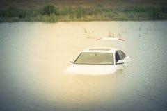 Inondazione dell'automobile della palude Immagini Stock