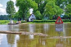 Inondazione sul fiume Immagini Stock