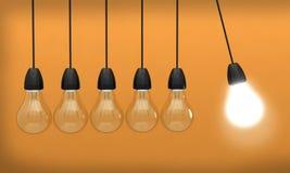 inovação clara do bulbo da ideia criativa Fotografia de Stock Royalty Free