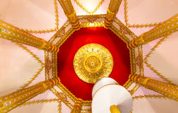 InPhra Maha Chedi Chai Mongkol in Wat Chedi Chai Mongkol, roi-Et, Thailand Royalty-vrije Stock Afbeeldingen