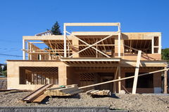 Inquadratura e fondamento della nuova costruzione Immagini Stock