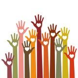 Inquietação colorido brilhante dos voluntários acima do elemento do projeto do vetor dos corações das mãos no fundo do céu ilustração royalty free