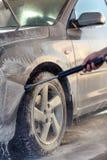 Inquietação com meu processo da lavagem do carro-carro com espuma de lavagem Imagem de Stock