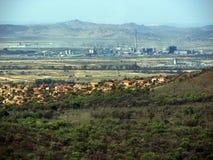 Inquinamento di industria della residenza della natura Immagine Stock