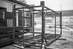 Inrama för konstruktion Kropp för lastbehållare Teknik och utveckling svart white Royaltyfri Fotografi