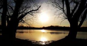 Inramad solnedgång arkivfoto