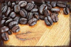 Inramade kaffebönor Arkivbild