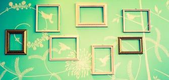 Inramar på väggen Fotografering för Bildbyråer