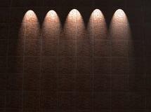 inramning arkitekturtegelsten tända den röda väggen Arkivfoto