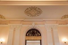 Inre arkitektur av Chao Phya Abhaibhubejhr arkivfoton