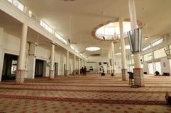 Inre av Abidin Mosque i Kuala Terengganu, Malaysia Royaltyfri Foto