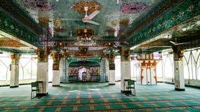 Inre av Al Nadwa Islamic Library och moskén, Islamabad, Pakistan fotografering för bildbyråer