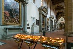 Inre av basilikan av Santa Croce i Florence royaltyfria bilder