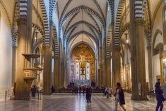 Inre av basilikan av Santa Maria Novella i Florence, Italien Royaltyfri Foto