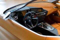 Inre av begreppet det tredje utvecklingsBMW Z4 konvertibla sportscar Royaltyfri Foto