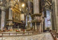 Inre av berömda Milan Cathedral - Duomo Royaltyfria Foton