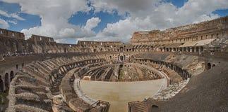 Inre av Colosseumen, Rome - Italien Royaltyfri Fotografi