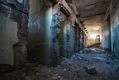 Inre av den övergav jailhousen Royaltyfria Bilder