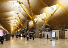 Inre av den Barajas flygplatsen, Madrid Royaltyfria Foton