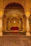 Inre av den Bikaner templet i Indien Royaltyfri Foto