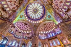 Inre av den blåa moskén Royaltyfri Foto