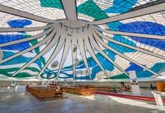 Inre av den Brasilia domkyrkan - Brasilia, Brasilien royaltyfri fotografi