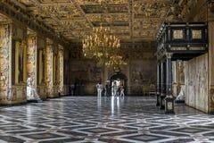 Inre av den Frederiksborg slotten, Danmark Royaltyfria Bilder