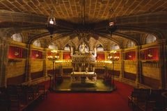 Inre av den gotiska kyrkan, Barcelona Royaltyfri Foto