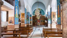 Inre av den grekiska ortodoxa basilikan av St George Arkivfoto