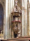 Inre av den helgonVitus domkyrkan, Prague Royaltyfria Bilder