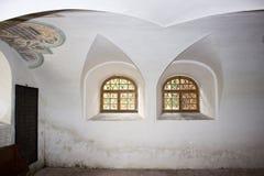Inre av den judiska synagogan i Holesov royaltyfri foto