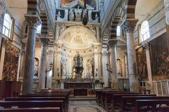 Inre av den Pisa domkyrkan i piazzadeien Miracoli Royaltyfria Foton