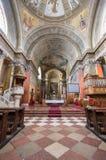 Inre av den St John basilikan, Eger, Ungern arkivfoton