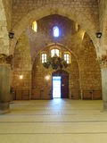 Inre av den Tynal moskén i Tripoli Libanon Arkivfoto