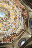Inre av det Medici kapellet Florence arkivbild