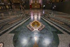 Inre av det Medici kapellet, Florence, Italien royaltyfri bild