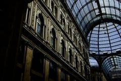 Inre av det Umberto I gallerit i Naples royaltyfria bilder