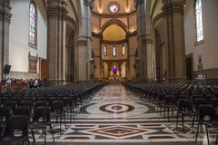Inre av domkyrkan Santa Maria del Fiore Duomo i Flo Royaltyfri Bild