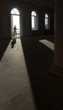 Inre av ett övergett hotell i Abchazien Royaltyfri Foto