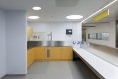 Inre av ett sjukhusnödläge Arkivbilder