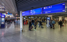 Inre av Frankfurt den internationella flygplatsen Royaltyfria Bilder