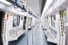 Inre av gångtunneldrevet Gångtunnel- eller tunnelbanasystemet för staden av Shenzhen Arkivfoton