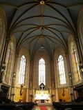 Inre av helgonet Wenceslas Cathedral, Olomouc, Tjeckien arkivbilder