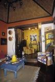 Inre av huset som möbleras i portugisisk kolonial stil, diatrib Royaltyfria Bilder